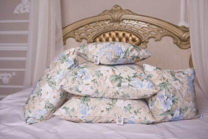 Подушка для сна перьевая в Хабаровске